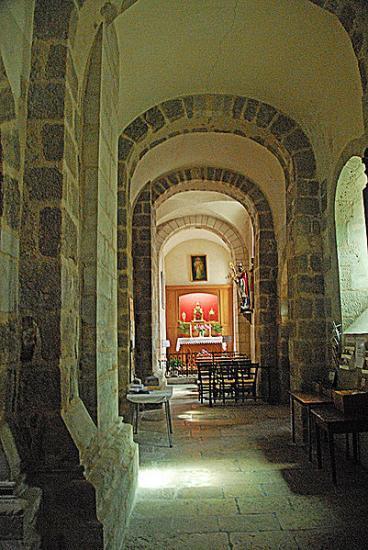 Basilique de Neuvy-Saint-Sepulchre