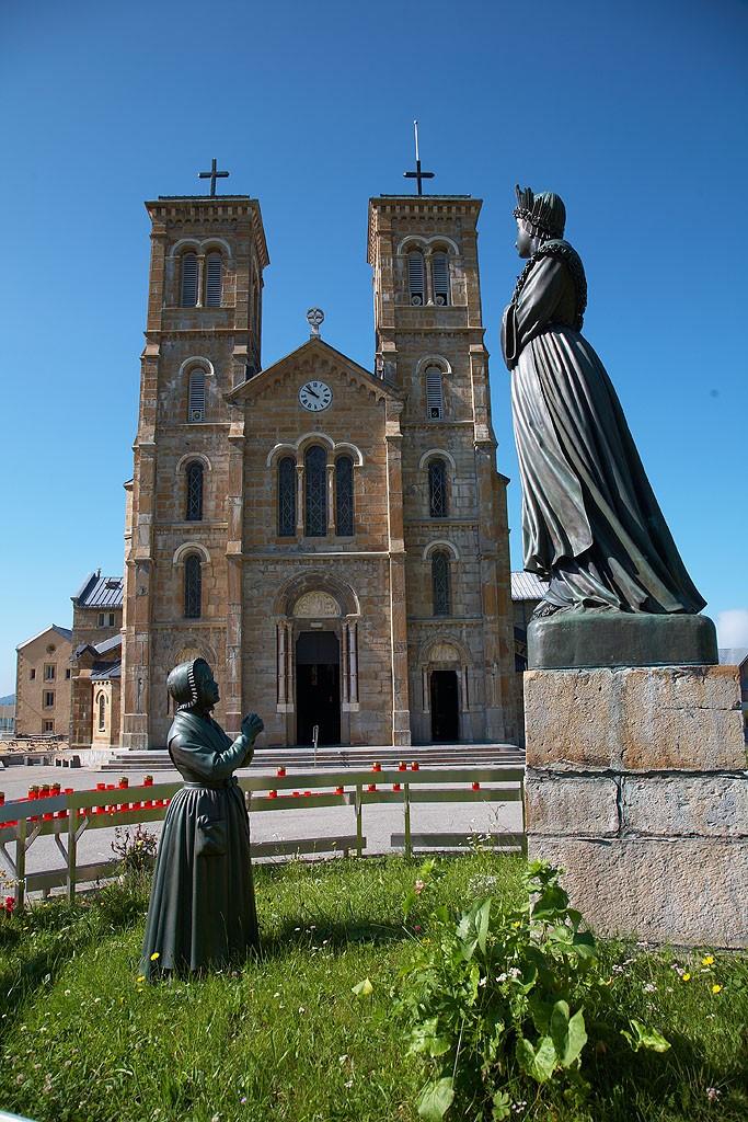 Layout Notre-Dame de La Salette